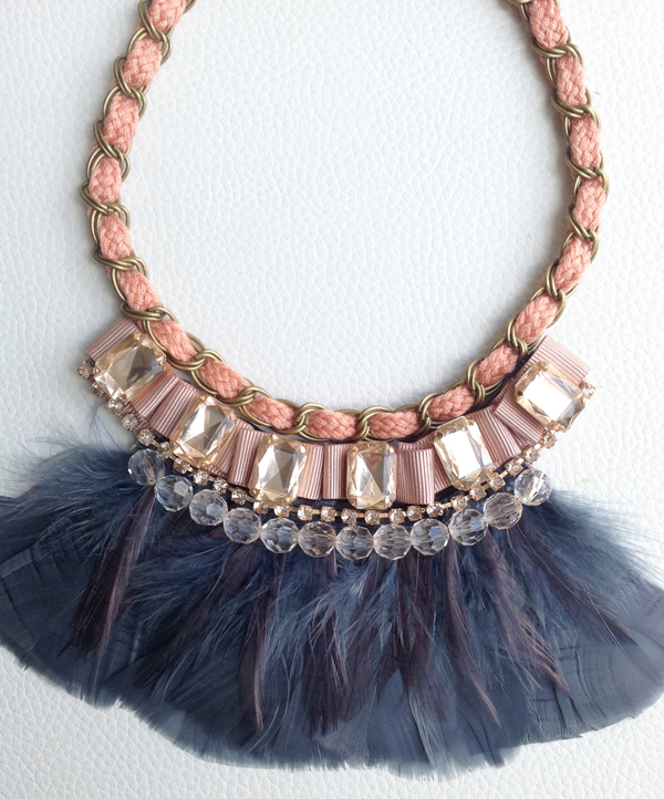 collar-babero-glossy-entero