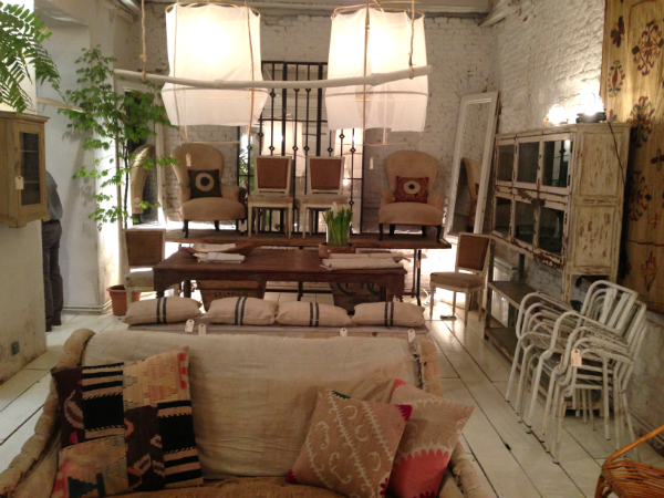 Pop up store summ 2013 fruto samore homemade design - Muebles retro madrid ...